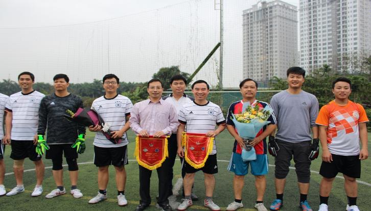 Giao lưu văn hoá – thể thao giữa Chi Đoàn Viện Khoa học vật liệu và Chi Đoàn Học viện Khoa học & Công nghệ