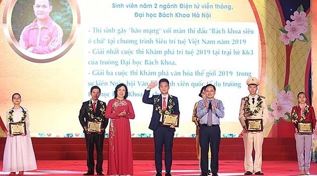 TS Bùi Hùng Thắng vinh dự là một trong 10 gương mặt trẻ Thủ đô tiêu biểu năm 2019
