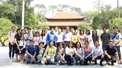 Chi Đoàn Thanh niên Viện Khoa học vật liệu tổ chức các hoạt động nhân kỷ niệm 130 năm Ngày sinh Chủ tịch Hồ Chí Minh