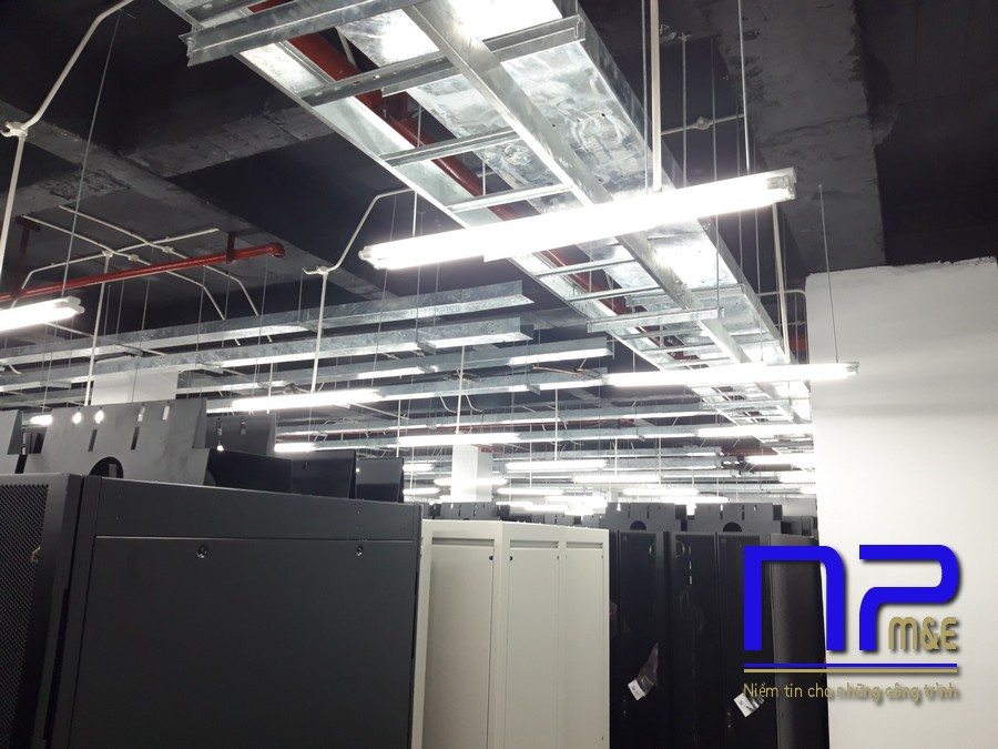 Thang cáp mạ nhúng nóng cho Data Center6