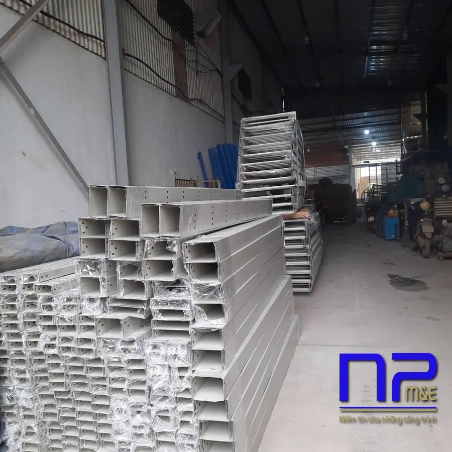 Thang cáp sơn tĩnh điện công trình Bắc Ninh