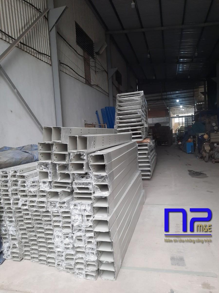Thang cáp sơn tĩnh điện công trình Bắc Ninh0