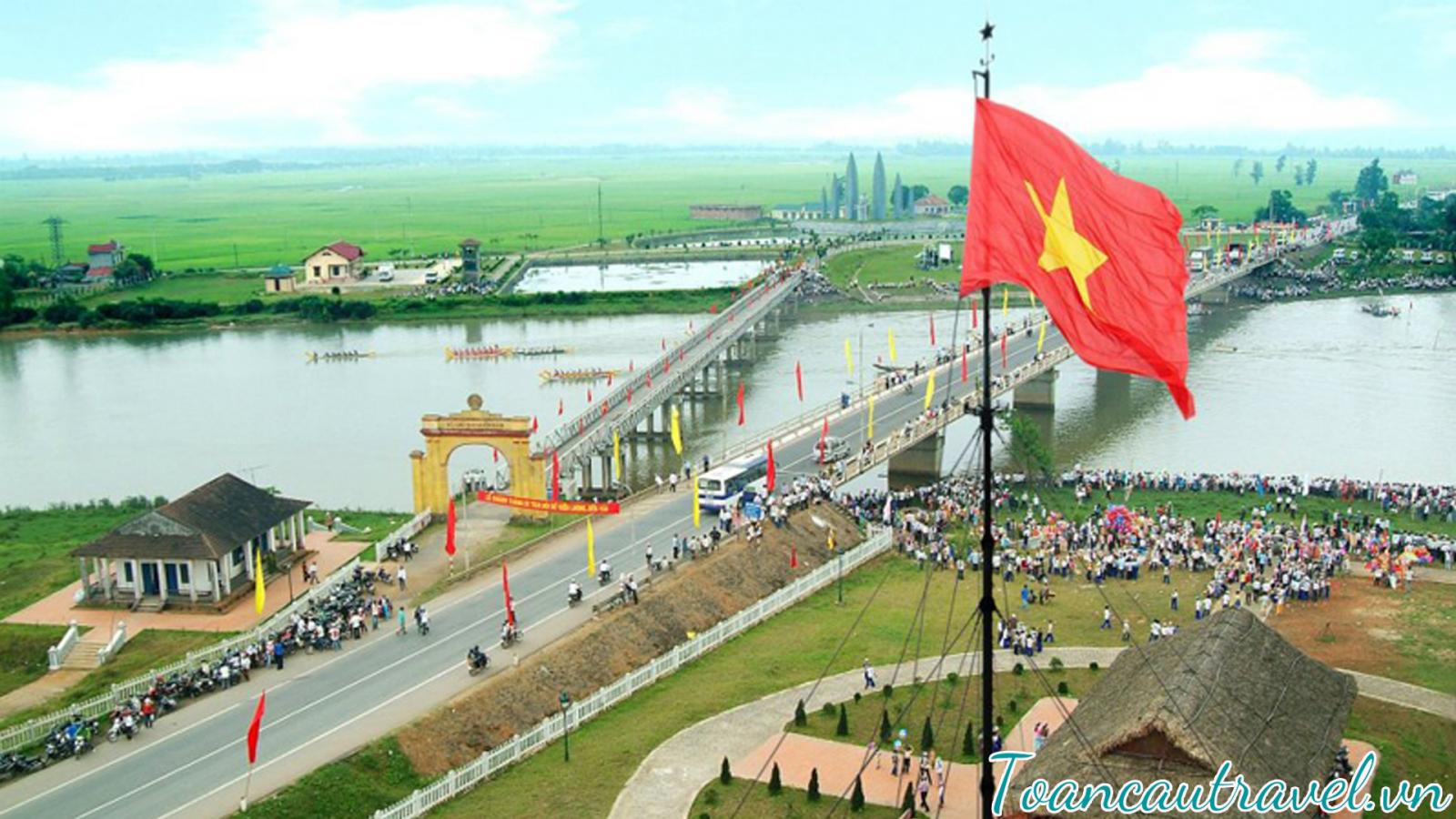 dấu tích cách mạng xưa – Sông Bến Hải