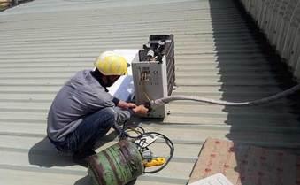 Kiểm tra gas, khắc phục các sự cố dàn nóng điều hòa