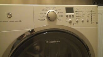 Máy giặtelectrolux hỏng phím nguồn bật không lên