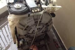 Thợ sửa máy giặt Electrolux rung lắc Mạnh khi Vắt tại nhà 24/7