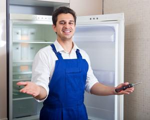Sửa tủ lạnh Panasonic mất nguồn số 1 Hà nội gọi 15p Có thợ